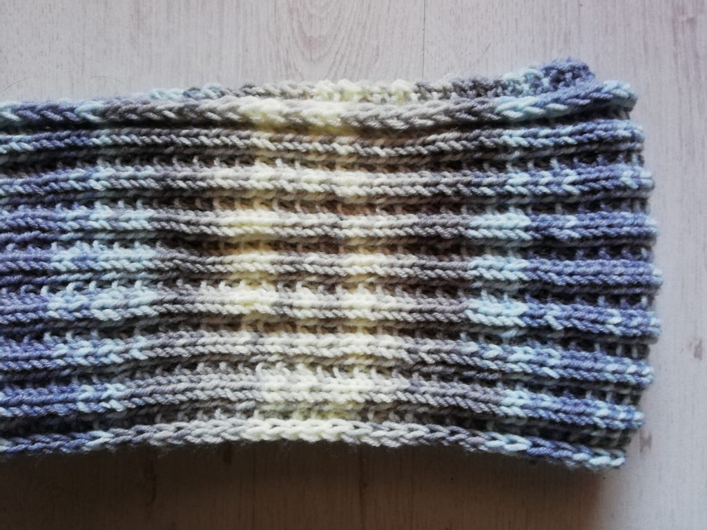 écharpe Muchness tricot