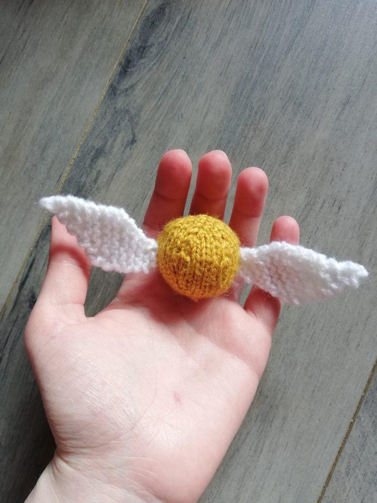 Vif d'or au tricot